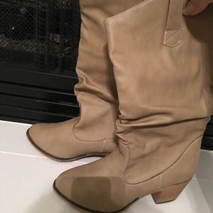 New Women's Charles Albert boots size 8 1/2